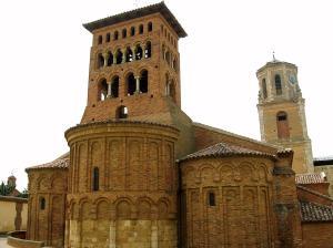 Sahagun_-_Iglesia_de_San_Tirso_02[1]